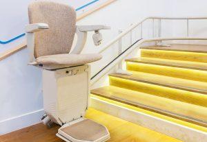 Kurven-Treppenlift Zweirohrsystem